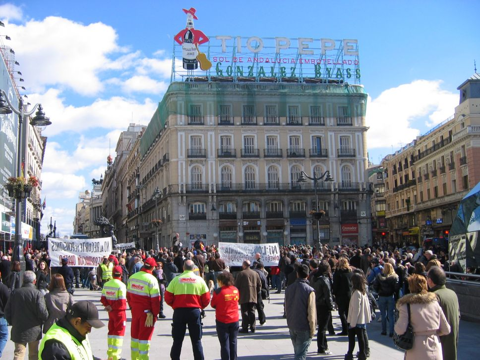 Plaza Sol Madrid.jpg
